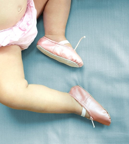 Gorgeous gorgeous gorgeous ballet slippers for little ones.