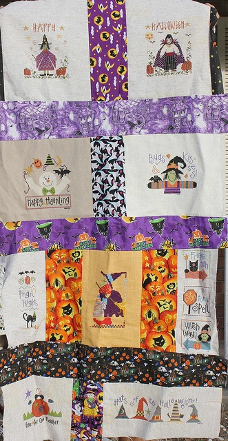 Halloween Quilt This is wonderful!!
