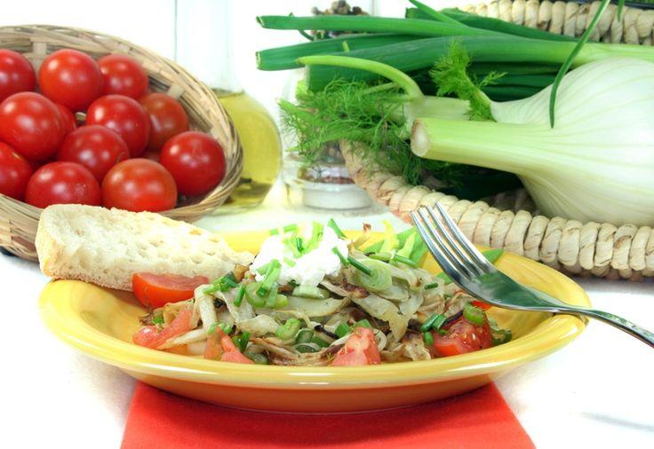#Kochkurs Säure-Basen-Haushalt.  Basische Lebensmittel sind die Grundlage für eine gesunde Ernährung. Mit nur einigen wenigen Veränderungen kannst du deinen Säure-Basen-Haushalt beeinflussen und ausgleichen. Unser Kochkurs wird dir dabei viele Anregungen und Tipps geben. Zu basischen Lebensmitteln gehören beispielsweise #Fenchel, Petersilie, Schnittlauch, Spinat, Auberginen, oder Tomaten.