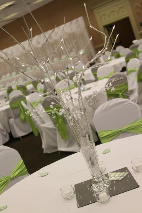 88 Best Images About Tall Centerpieces On Pinterest Receptions Wedding And Hydrangeas