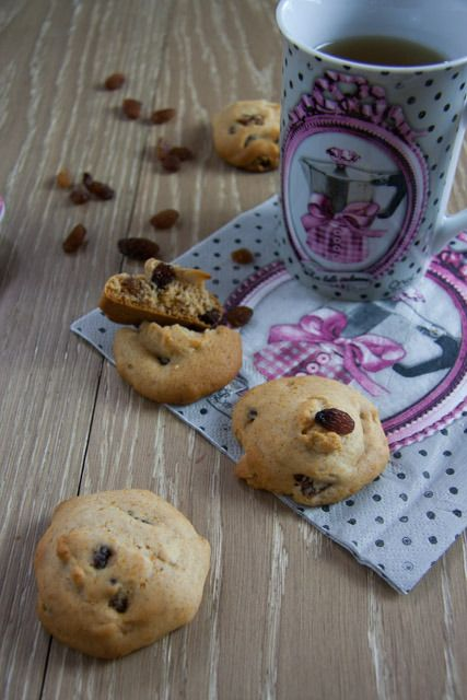 biscotti uvetta e mandorle