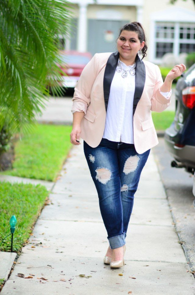 eb6eb914a19 Outfits with Pale Pink Blazers-19 Ways to Wear pink Blazers