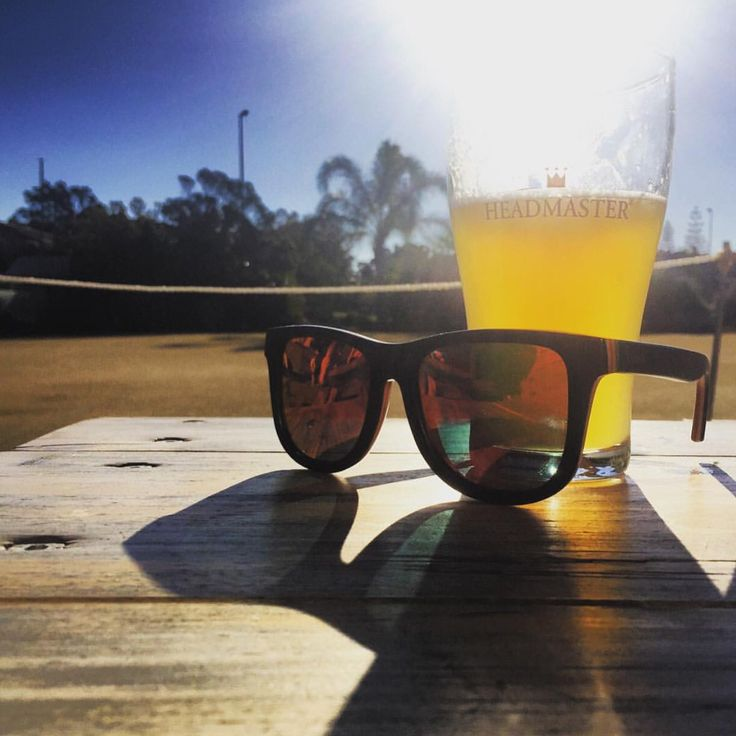 Today was a good day ☀️✌️ #Repost @deeeshee #topheads #eyewear #bondi #beach #bowlo #sunnyday #goodvibes #sunnies #happy #saturday #australia