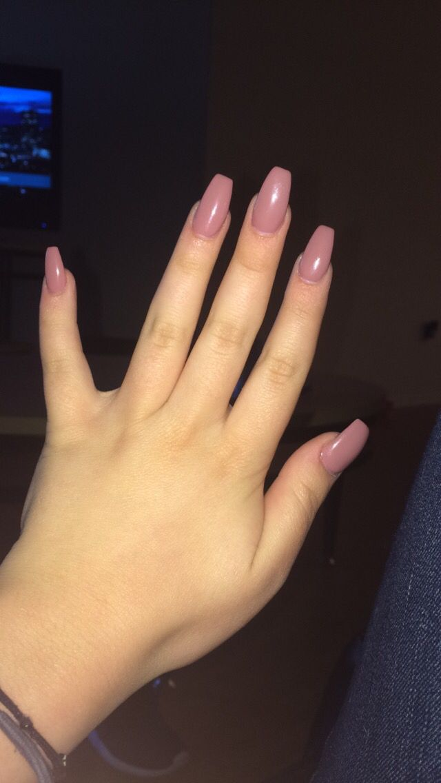 Coffin shaped nails in a mauve color, in loveeeeee!!! If ...
