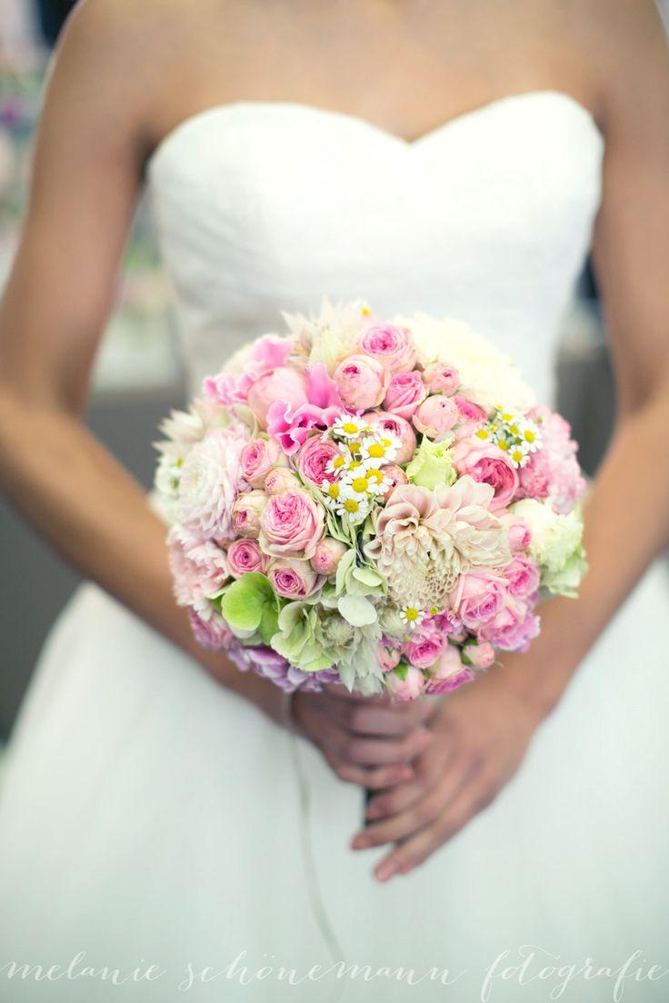 17 migliori idee su Abiti Da Sposa Sari su Pinterest  Sari nuziale ...