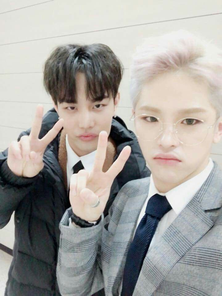 Kanto And Rayoon The Unit Facebook Update The Unit Kpop Kpop Boy