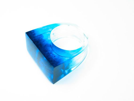 Resin ring Blue Turquoise Modern jewelry by GoldFingerBarcelona, $27.00