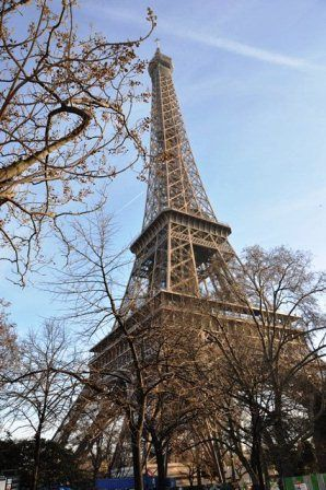 Exotic Locations Live Life to the Fullest. Eiffel Tower