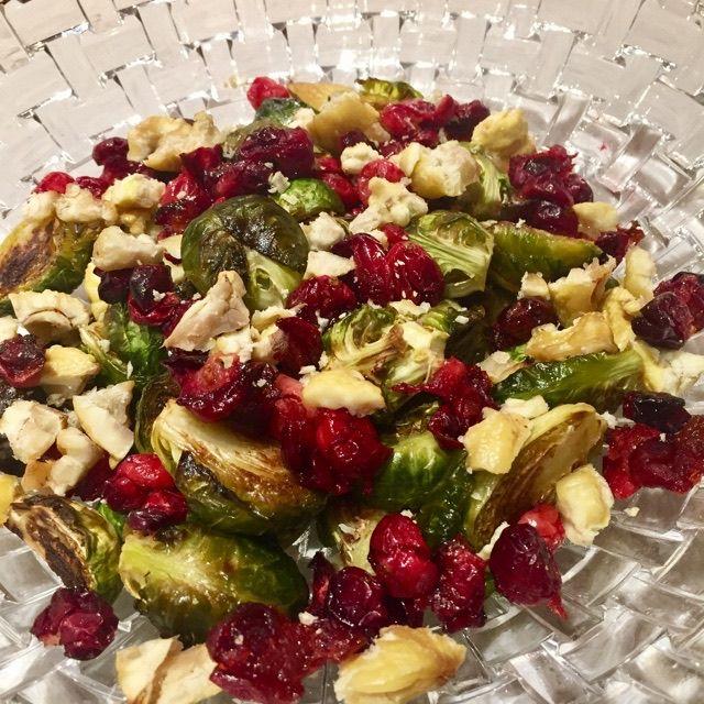 ROASTED BRUSSELS SPROUTS, CRANBERRY & CHESTNUT SALAD veganleeks.com