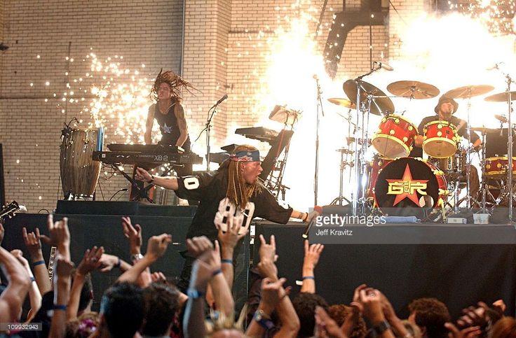 Guns N' Roses during 2002 MTV VMA Guns n Roses at Radio City Music Hall in New York.