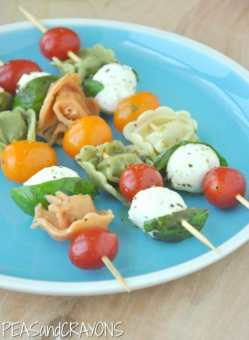 Caprese Tortellini Pasta Salad Sticks with a zesty veggie dip! [recipe] <3