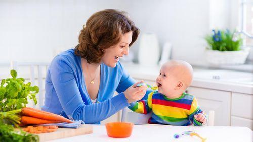 Pentingmemberikan makanan pendamping ASI saat bayi berusia enam bulan| PT. Equityworld Futures Dalam memberikan MPASI, makanan semi-padat seringkali menjadi pilihan yang tepat untuk menunjang nu…