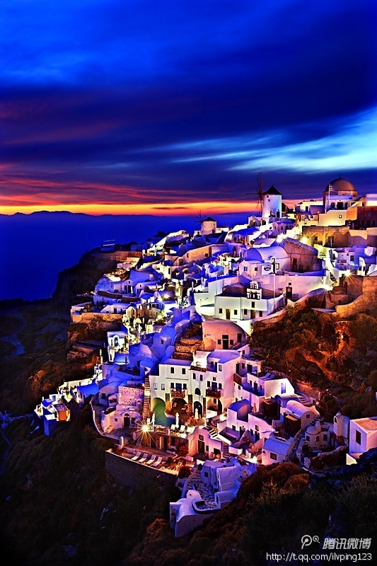 Santorini Greece - I want to get lost here!