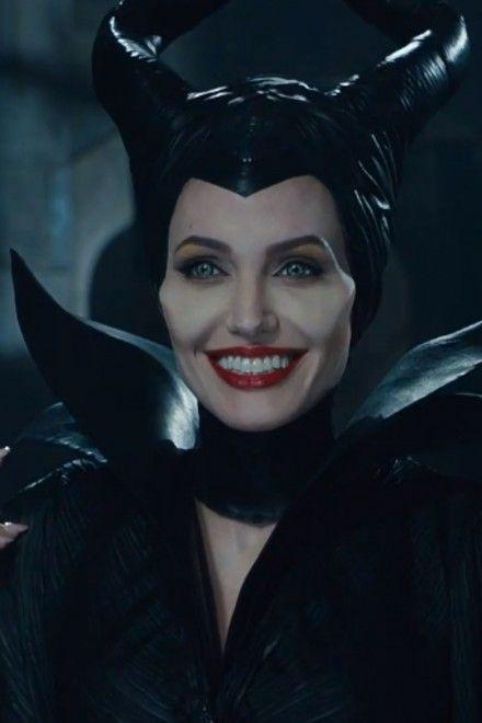 Angelina Jolie Maleficent trailer