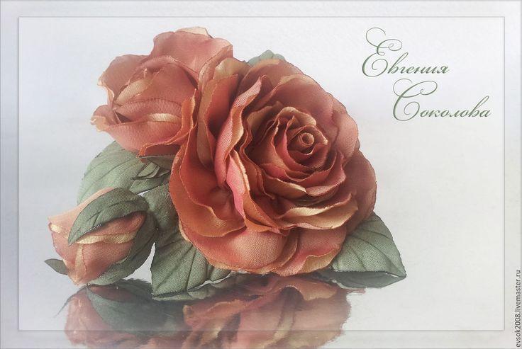 Купить Брошь Чайные розы - роза из ткани, брошь цветок, текстильная брошь, цветы из ткани