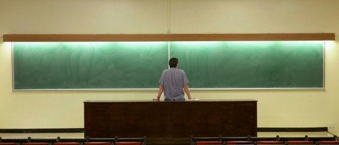 Wie wint de strijd om het klaslokaal: de leraar of de computer?