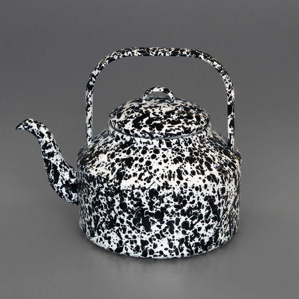 Marbled Enamel Kettle: Teas Time, Teapots, Teas Pots, Enamels Kettles, Kitchens Products, Furniture Ideas, Inspiration Providence, Teas Kettles, Marbles Enamels