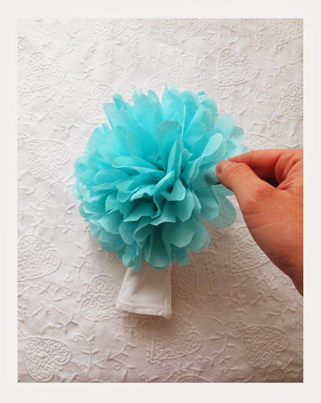 Trendy Wedding ♡ blog mariage • french wedding blog: DO IT YOURSELF : Le pompon en papier de soie pour la décoration de table