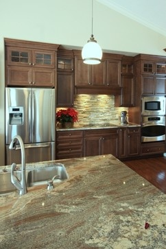 Mouser Centra Cabinetry New Condo Traditional Kitchen Grand Rapids By Starlite Kitchens