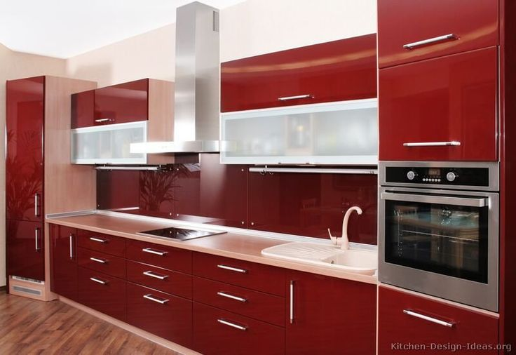 #Kitchen of the Day: Modern Red Kitchens.
