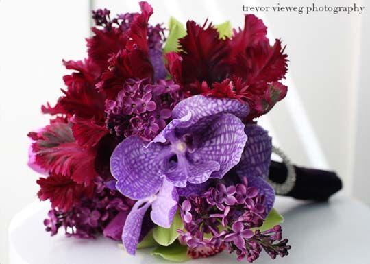 Purple wedding bouquet Vanda | Wedding Ideas