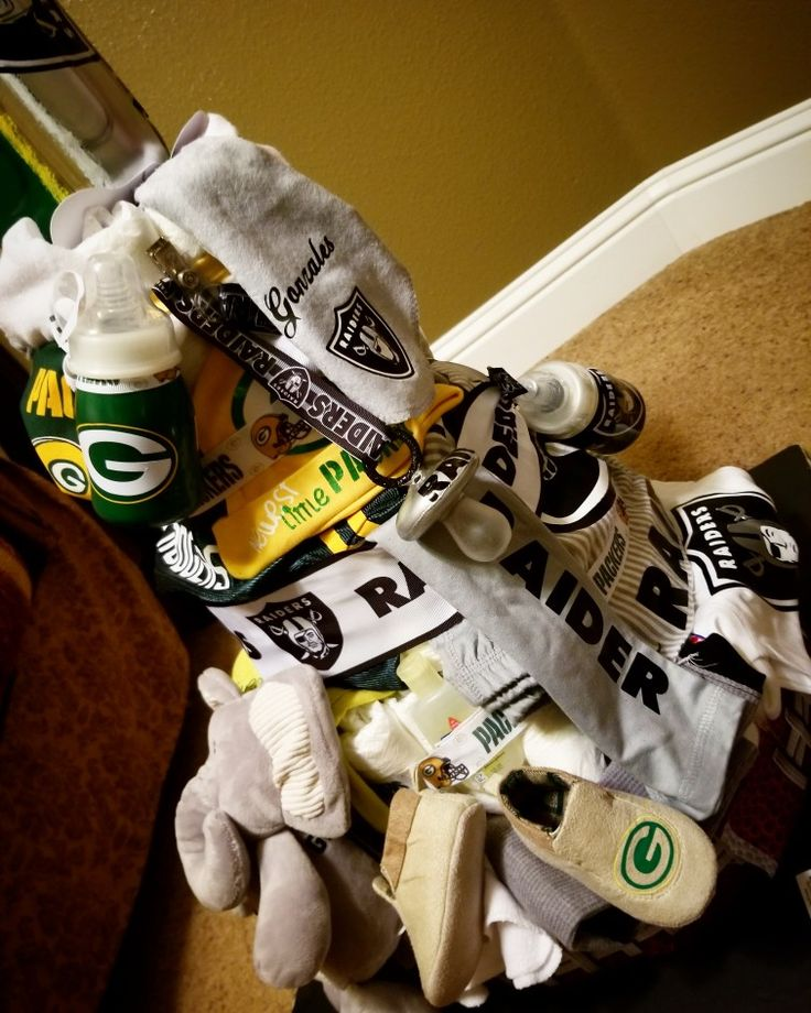 #Packers  #Raiders football diaper cake