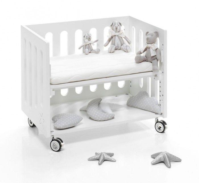 ¡Cada detalle de la minicuna de colecho INBORN CRIB de Alondra es único! En la etapa minicuna de colecho y minicuna puedes colocar las cositas de tu bebé en su estante inferior ¡Pensamos en cada detalle!