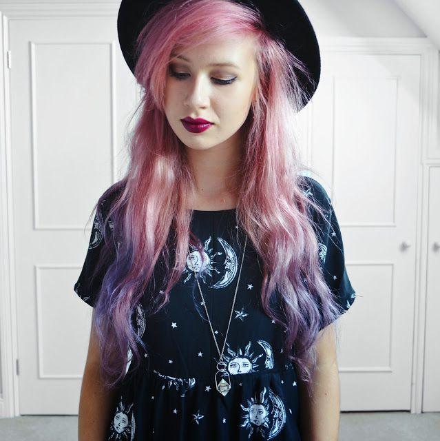 The awesome #amyvalentine in #motelrocks dress, shop motel at ark:http://www.ark.co.uk/Ark_Female/Shop_by_brand/Motel.html Read more:http://www.amyvalentine.co.uk/2013/11/midnight-moonlight.html #grunge #motel #moons #stars #print #dress #smock #cute
