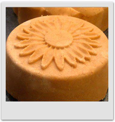 Recettes cosmétiques maison MaCosmetoPerso - Recette : - Bain & Douche : pains moussants