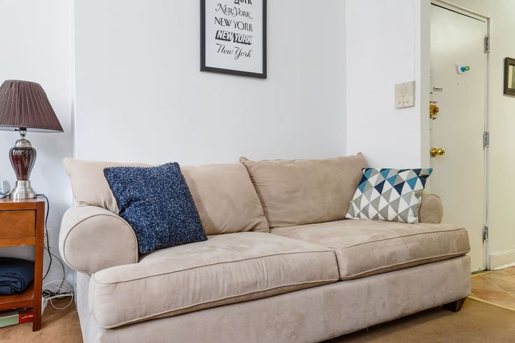 Couch can sleep 1