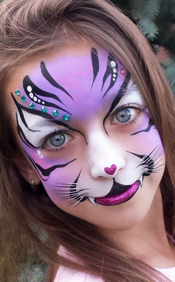 PRETTY CAT FACE MAKEUP FOR HALLOWEEN