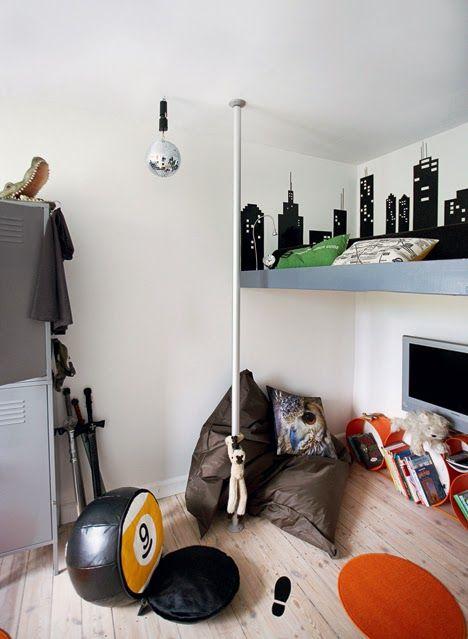 LEI LIVING: Sejt drengeværelse på få m2