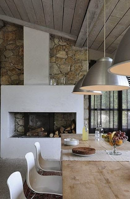 Michelle - Blog #Fireplace - #Modern #Style Fonte : http://www.flickr.com/photos/55397648@N00/8105855615/in/photostream/