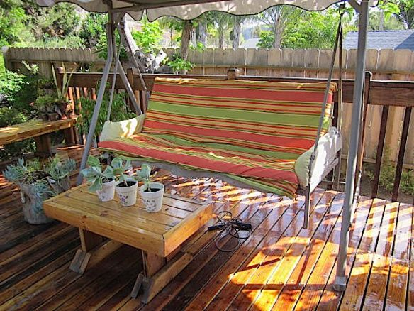 How to Recover a Torn Outdoor Swing Cushion  