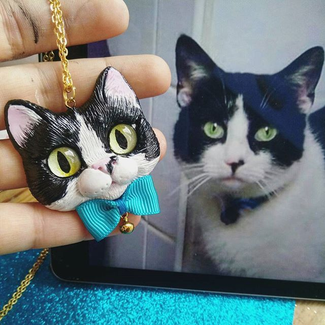 Hello! Haven't posted pendants in a while   I am currently working on a bunch of different designs for the #designfesta and they all are just a pile of unpainted faces  will be sharing with the first portion of new necklaces soon  For now, take a look at this little Lady - a tuxedo kitty,  custom portrait of a beloved pet ❤ It's Furrday tomorrow,  yay! #catartist #catlovers #catart #catladystuff #love cats