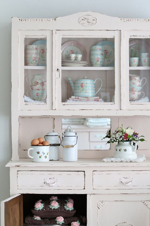Interior Design Made Simple With These Easy Steps With Images Shabby Chic Kitchen Shabby Chic Furniture Shabby Chic Cottage