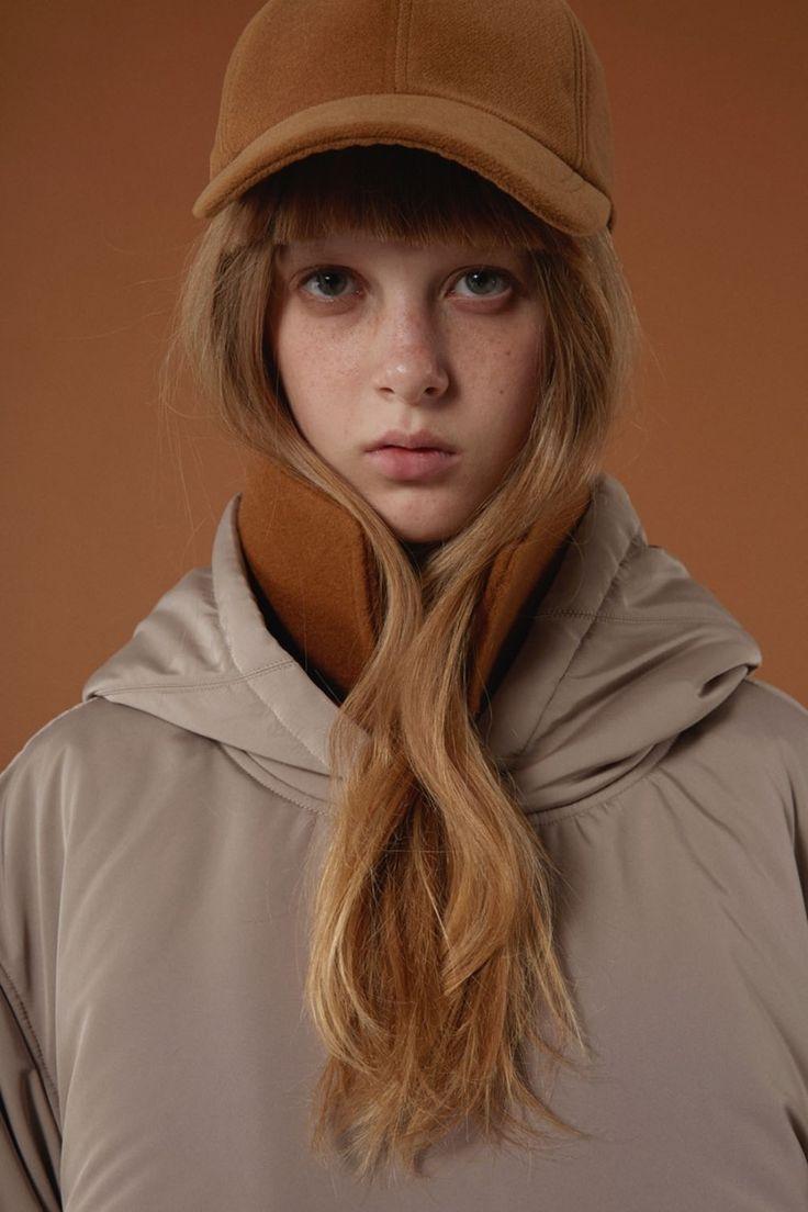Wool 'A' cap in camel www.adererror.com