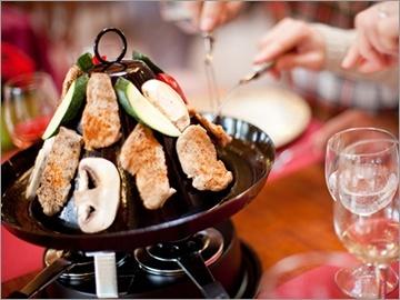 50 CHF statt 100 CHF! Tatarenhut mit Apéro, Vorspeise & Nachspeise im Restaurant des Hotels Drei Rosen in Biel!