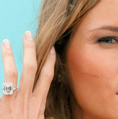 399 best images about celebrity engagement rings on for Melania trump wedding ring cost