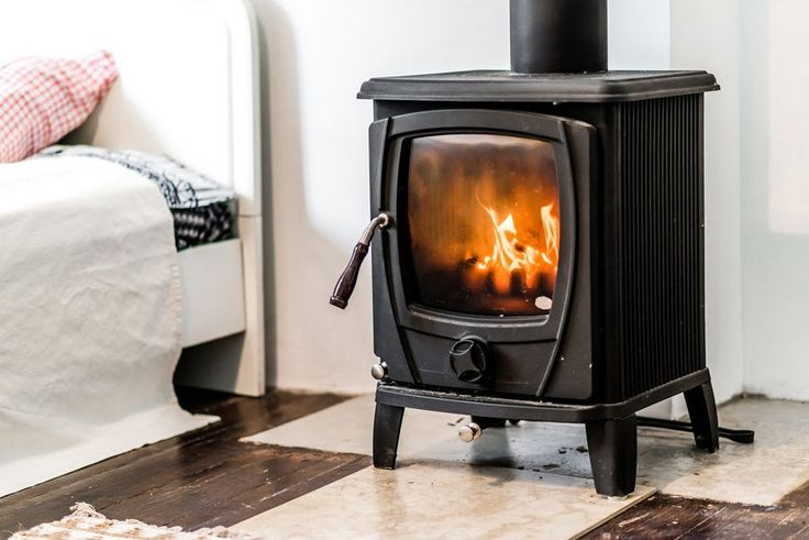 A Guide to Buying Your First Wood Burning Stove | DoItYourself.com