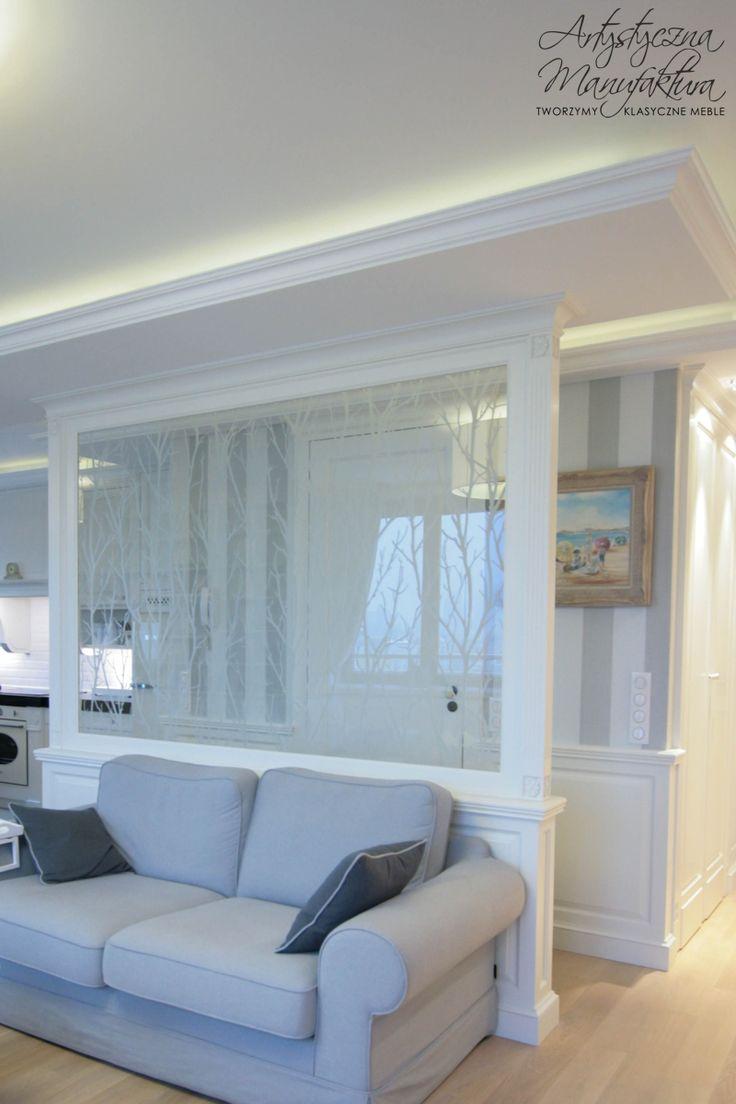 ścianka działowa meble klasyczne angielski, prowansalski styl, traditional living room, white living room, classic furniture  - wykonanie Artystyczna Manufaktura