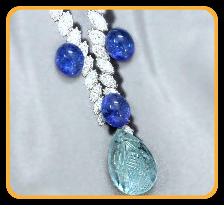 29.32 ct Natural Blue Carved Aquamarine & Tanzanite gold diamond ring pendant