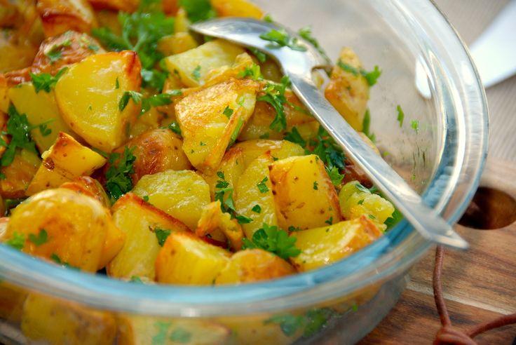 Ovnstegte persillekartofler