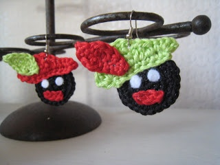 DIY:  Zwartie Piet Head Ornament....instructions in Dutch