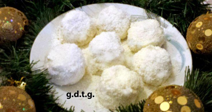 Το Ελληνικό Χρέος στη Γαστρονομία: Χιονούλες, για χιονισμένα Χριστούγεννα