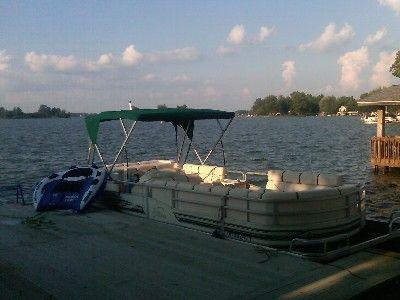406446 beautiful waterfront home on buckeye for Buckeye lake fishing