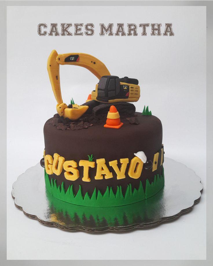 Caterpillar excavator cake. Pastel de excavadora Caterpillar.