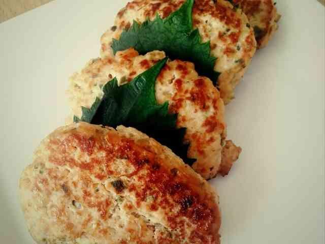 野菜と大葉の鶏豆腐バーグ(中程度10個)の画像