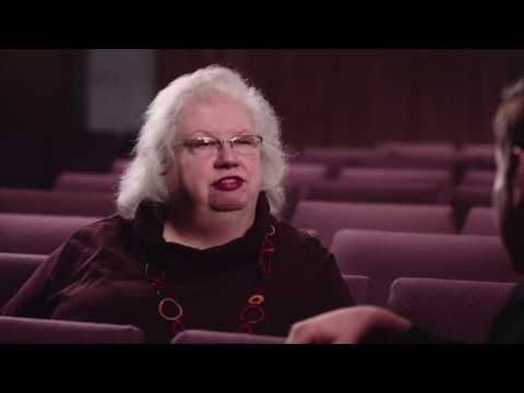 Liz Curtis Higgs and Kyle Idleman discuss the Women in the Bible - YouTube