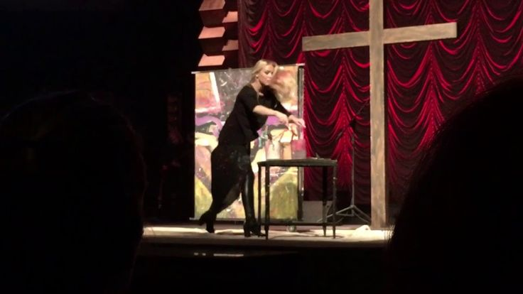 Cornerstone Nashville- At the Cross with speed painter @jessicahaas 4/16/2017 Easter - YouTube